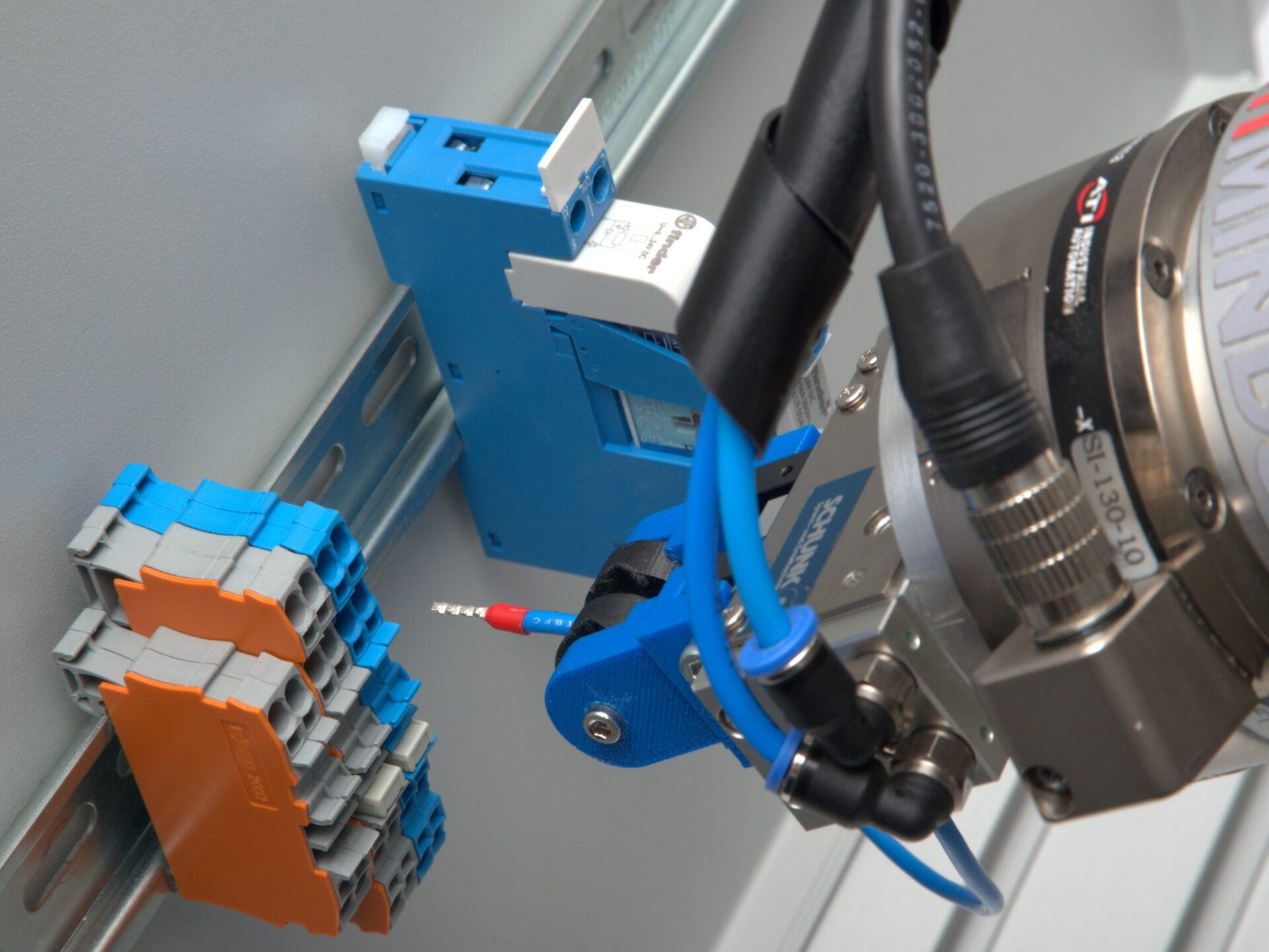 ArtiMinds unterstützt Sie bei der Umsetzung senoradaptiver Roboteranwendungen