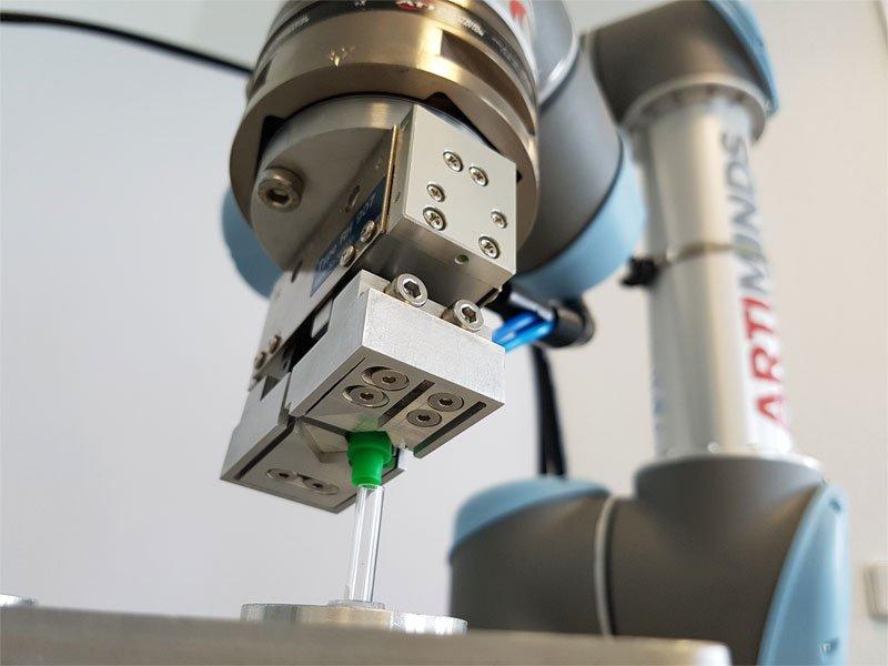 ArtiMinds Robotics – Implementierung eines Prototypen für Ihre flexible Automatisierungslösung
