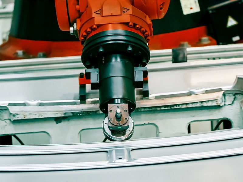 ArtiMinds Robotics – Oberflächenbearbeitung - Polieren, Schleifen, Kleben, Lackieren