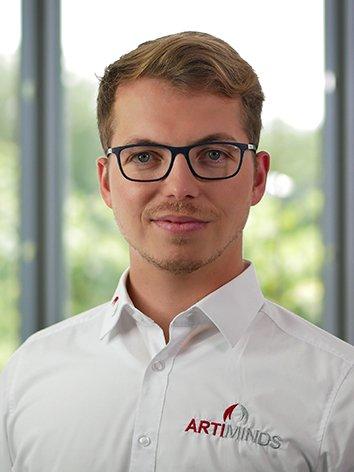 Raimund Hartelt Employee