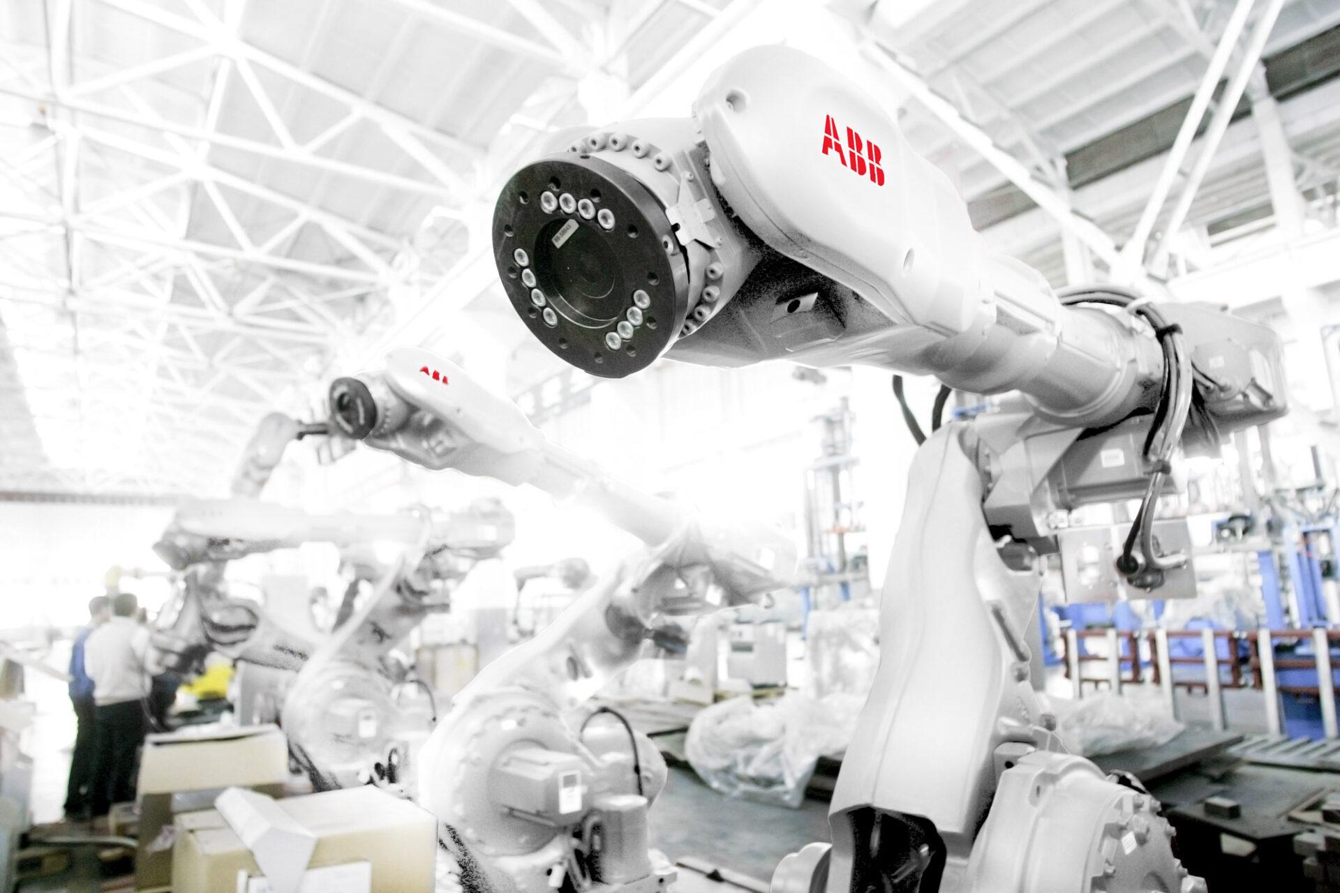 ArtiMinds Robotics - ArtiMinds RPS as an alternative to ABB's simulation software RobotStudio